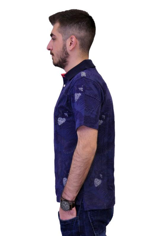 Μπλε κοντομάνικη βαμβακερή μπλούζα τύπου polo με λουλούδια 88390965232