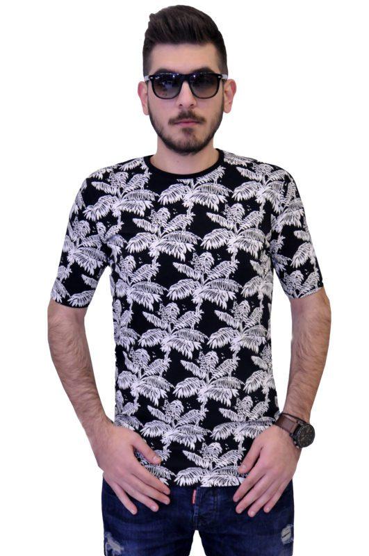 Μαύρη κοντομάνικη βαμβακερή μπλούζα τύπου λαιμόκοψη με λευκά σχέδια φοινίκων