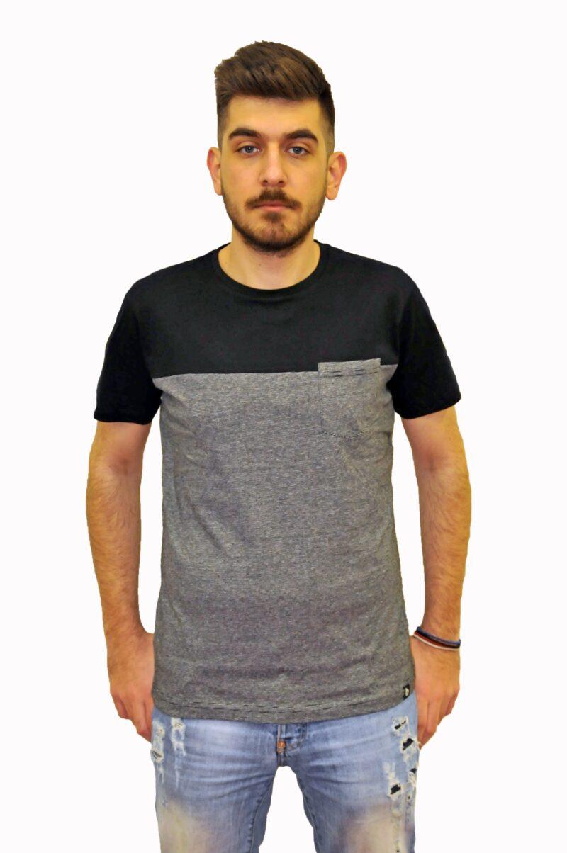 Μαύρο βαμβακερό μπλουζάκι