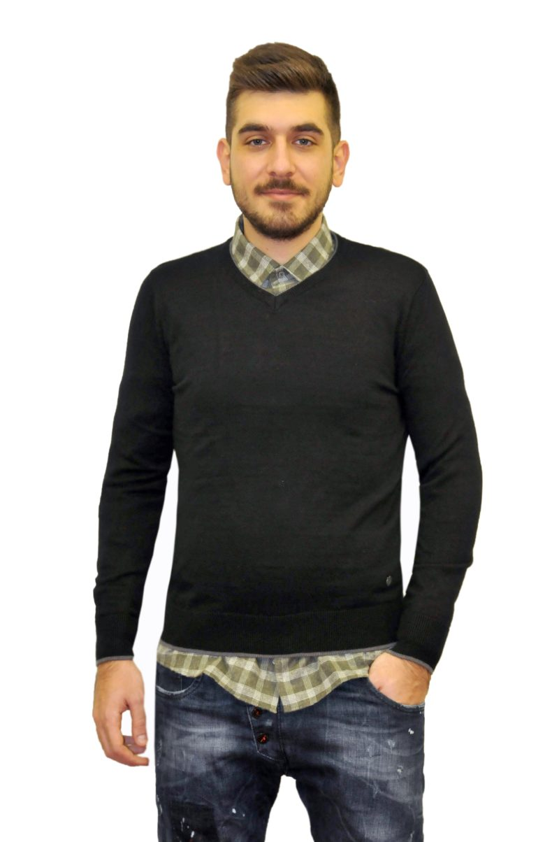 Μαύρη πλεκτή μπλούζα GREENWOOD