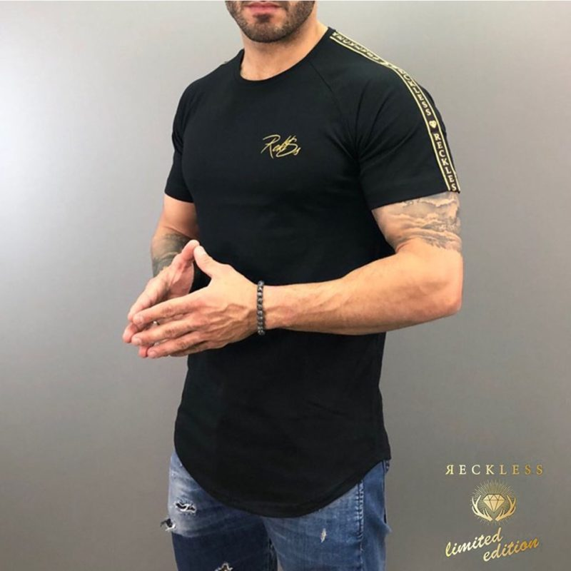 Μαύρο βαμβακερό κοντομάνικο μπλουζάκι RECKLESS